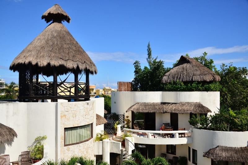 Blue Palms 305 - 2 bedroom penthouse suite